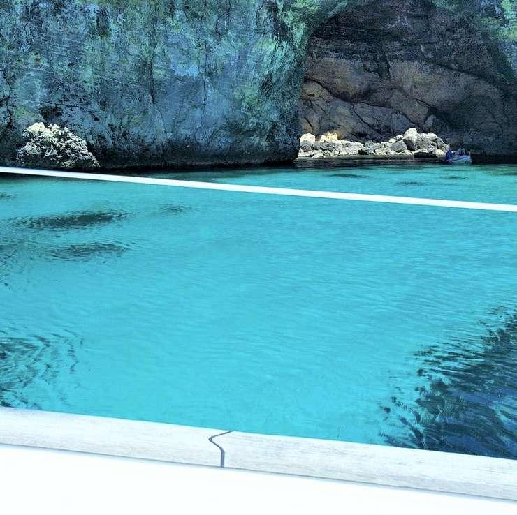 Comino Crystal Lagoon
