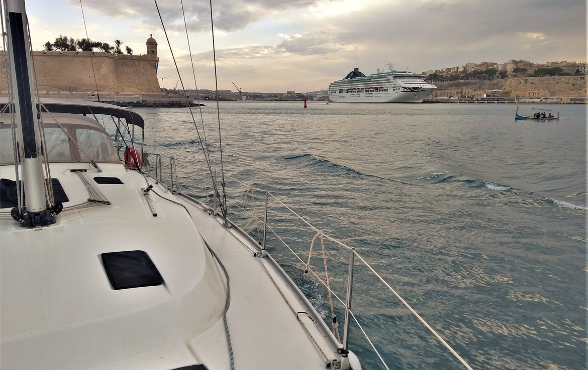 Top 10 Sailing Spots in Malta