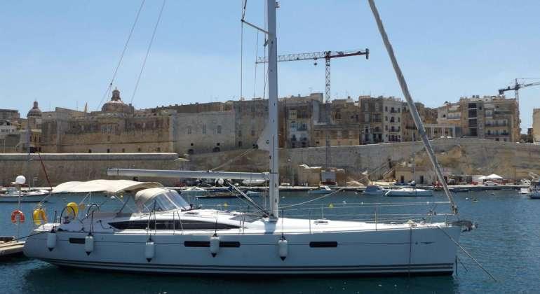 Jeanneau Yacht 53 Malta