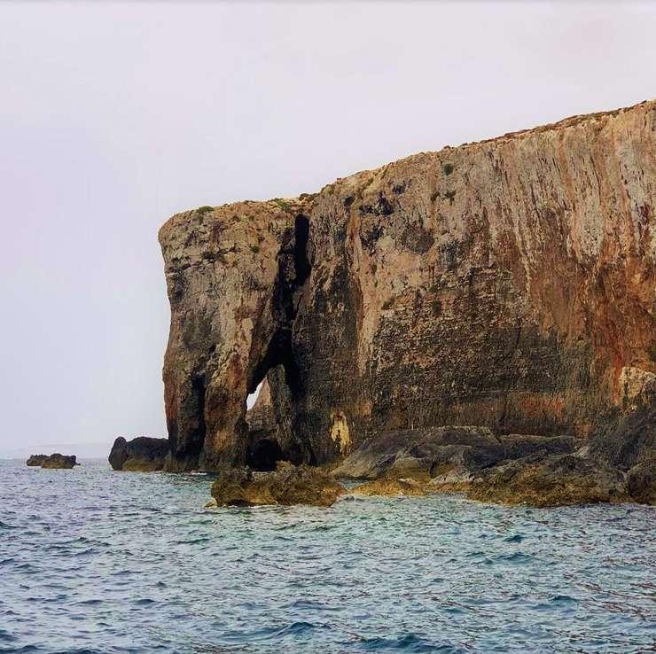 Comino Elephant Rock